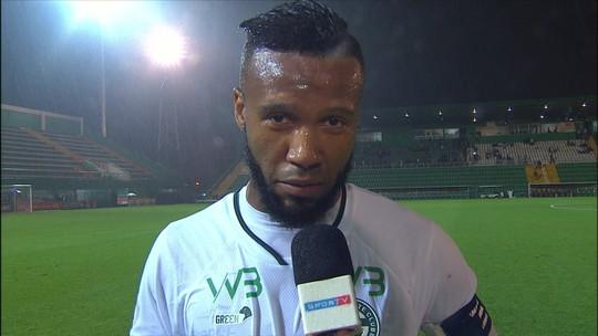 Após golaço de falta, Rafael Vaz comemora ponto conquistado e dedica gol à esposa