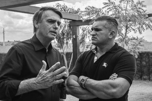 Jair Bolsonaro e Julian Lemos  (Foto: Reprodução)