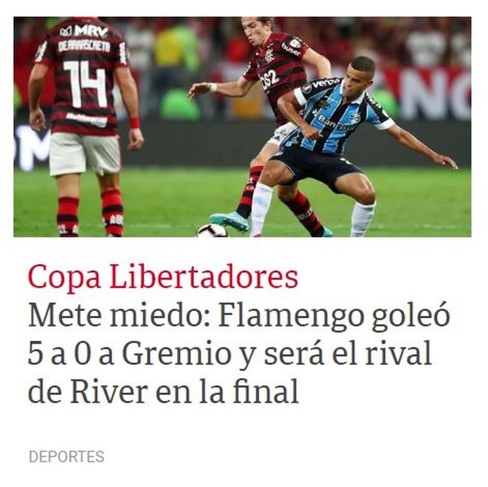 """""""Clarín"""" viu Flamengo bem superior nos dois jogos contra o Grêmio. Para jornal argentino, Rubro-Negro é favorito — Foto: Reprodução"""