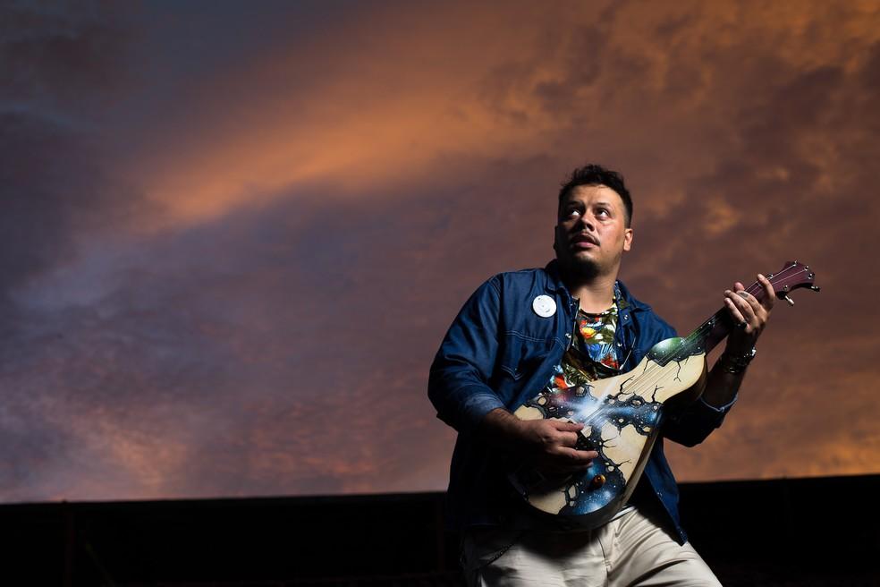 Músico Billy Espíndola está entre os artistas que participam de evento — Foto: Vitral Estudio