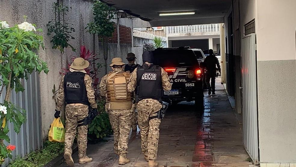 Operação conjunta prendeu homem que está entre os mais perigosos do Rio Grande do Norte — Foto: Walter Paparazzo/G1