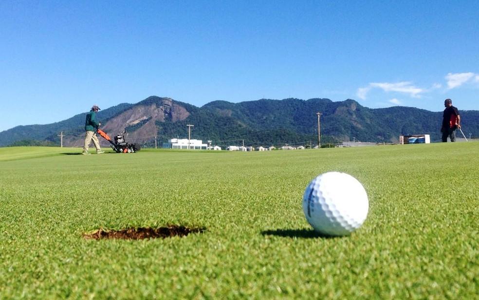 Campo Olímpico de Golfe: manutenção diária, gramado bem cuidado, poucos jogadores e nenhum campeonato previsto   (Foto: Bruno Albernaz / G1)