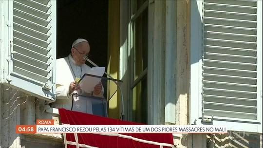 Papa Francisco reza pelas vítimas de um dos piores massacres no Mali, na África