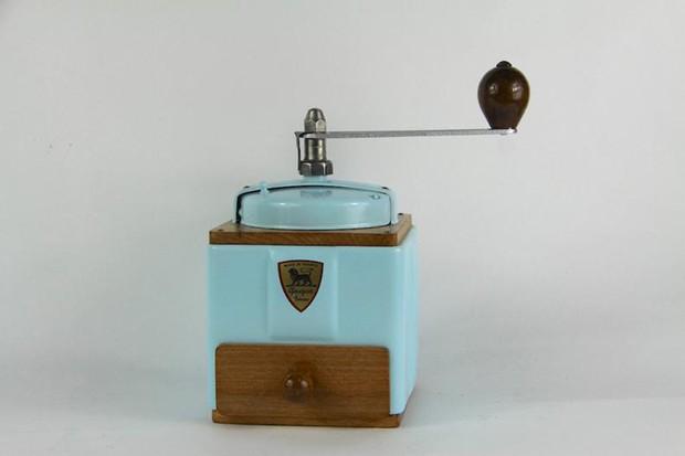 Este moedor de café de 1940 leva o nome da Peugeot  (Foto: Reprodução)