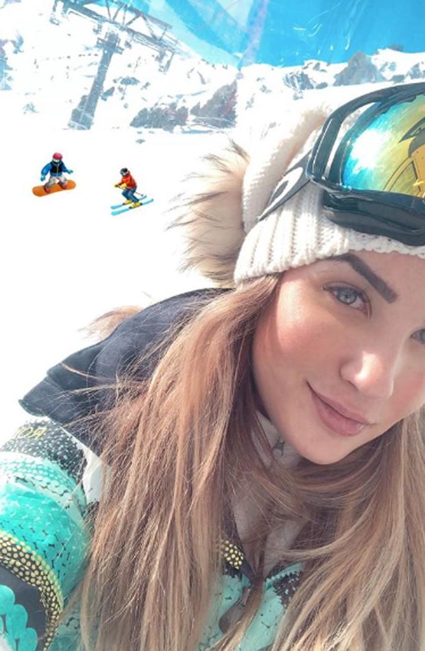 Aline Gotschalg em estação de esqui em Andorra (Foto: Reprodução/Instagram)