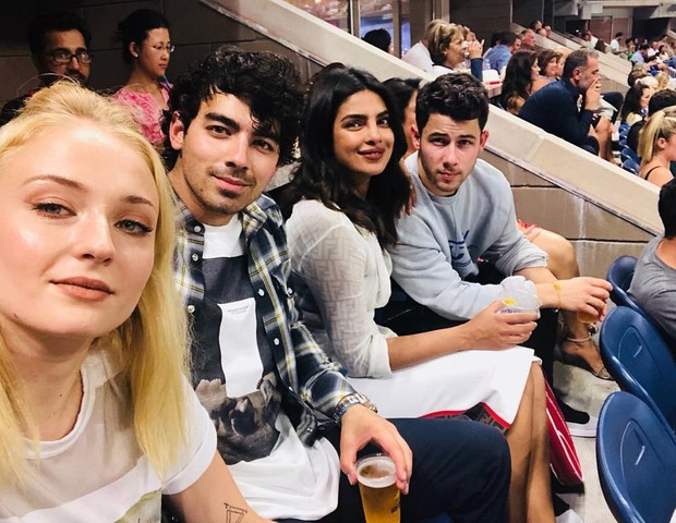 Sophie Turner, Joe Jonas, Priyanka Chopra e Nick Jonas (Foto: Reprodução/Instagram)