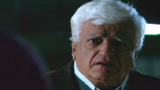 Walmor Chagas interpreta Dr. Dante Salvatore na novela A Favorita