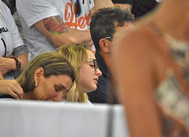 Ana Maria, mãe de Gabriel Diniz, Karoline Calheiros, a namorada, Francisco Diniz, pai do cantor (Foto: Felipe Souto/ Ed. Globo)