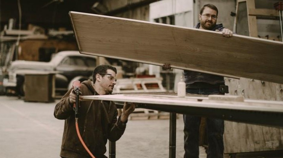 Empresa contrata moradores de rua para mudar suas vidas através do emprego (Foto: Reprodução Lamon Luther)