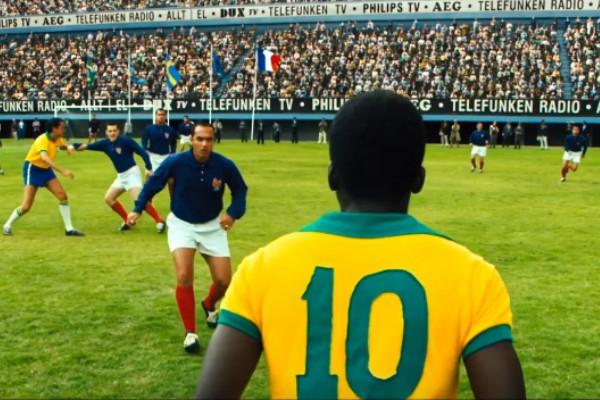 """""""Pelé: o Nascimento de uma Lenda""""  (Foto: Reprodução Youtube)"""