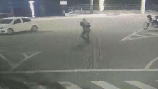 Homem é baleado na Avenida Atlântica em Balneário Camboriú; veja vídeo