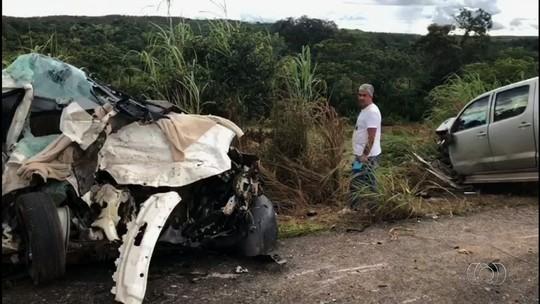 Acidente deixa 4 mortos na BR-070, em Cocalzinho de Goiás; vice-prefeito e filho ficam feridos