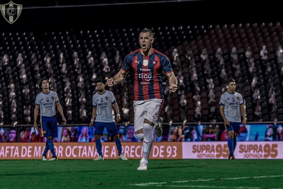 Diego Churín comemora gol pelo Cerro Porteño — Foto: Divulgação/Cerro Porteño