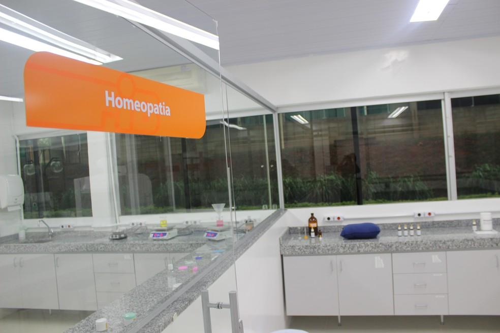 Farmácia Escola foi criada com o objetivo de atender aos estágios curriculares (Foto: Divulgação)