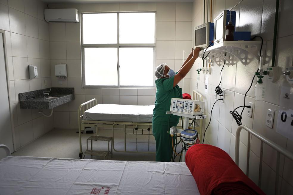 Maternidade Brites de Albuquerque iniciou funcionamento nesta sexta-feira (10), em Olinda, com 20 leitos para tratar pacientes com Covid-19 — Foto: Heudes Regis/Governo de Pernambuco/Divulgação