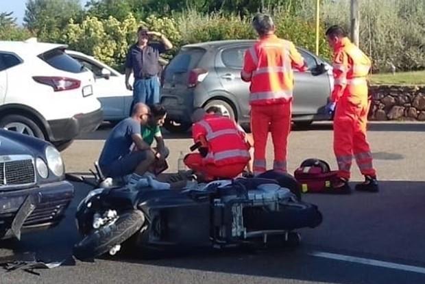 Acidente de moto envolvendo George Clooney (Foto: BACKGRID)