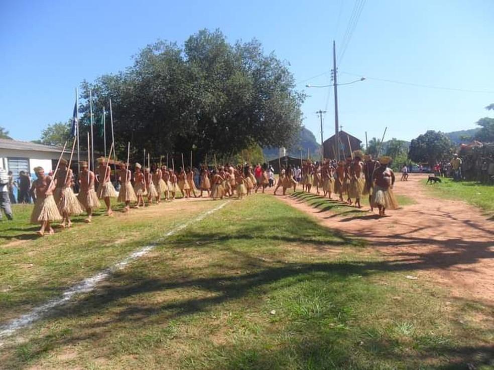Indígenas durante evento na Aldeia Limão Verde, em Aquidauana (MS)  Foto: Redes Sociais/Reprodução