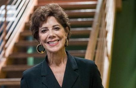 No sábado (9) Vera (Angela Vieira) será grosseira com Paloma depois de achar que ela e Alberto (Antonio Fagundes) estão juntos TV Globo