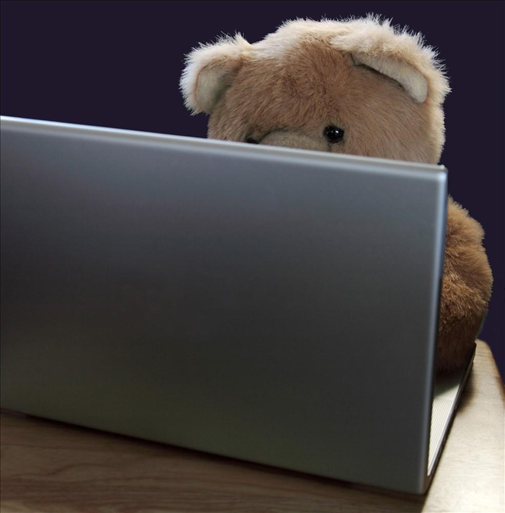 Rede social repudia conteúdo sobre nudez infantil e exploração sexual de crianças (Foto: Pond5)