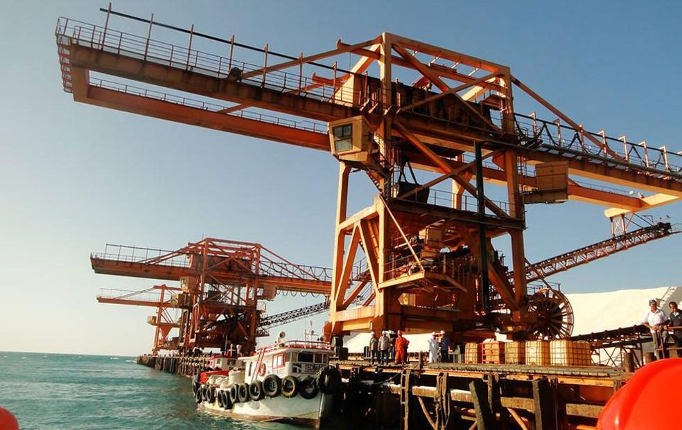 Construído em 1974, Porto-Ilha de Areia Branca fica região da Costa Branca potiguar (Foto: Ricardo Araújo)