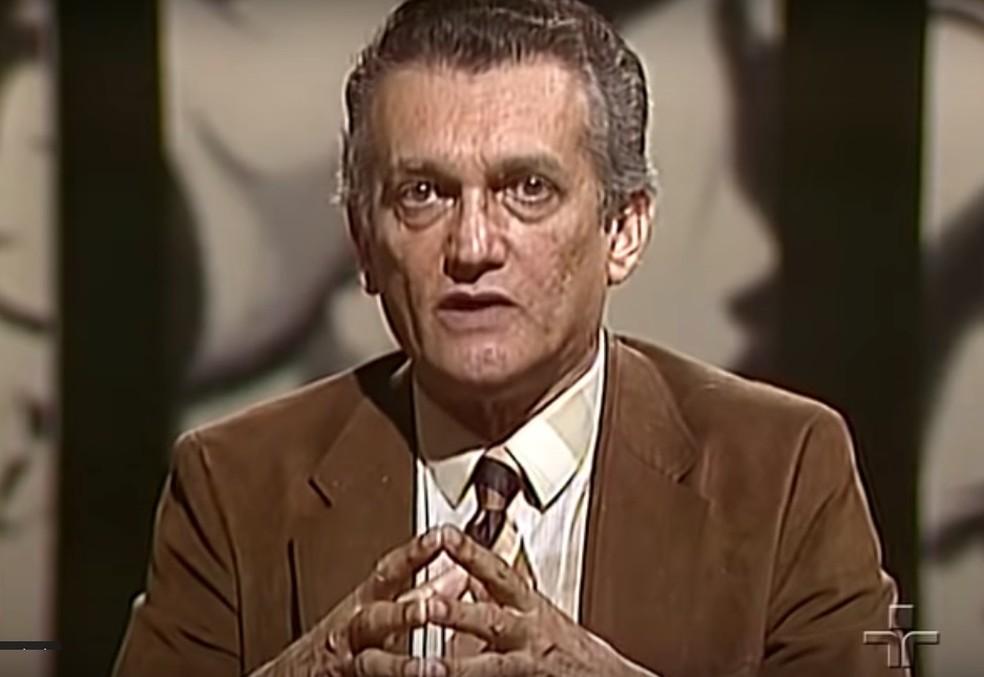 Celso Furtado em entrevista à TV Cultura em 1983: voz ativa no processo de reabertura política — Foto: Reprodução / TV Cultura