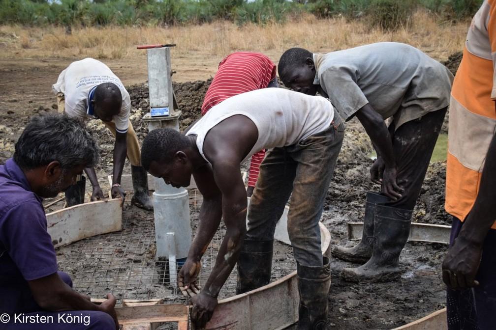 Poço construído para etnia no Sudão do Sul evita doenças e disputas por água limpa (Foto: Kirsten König)