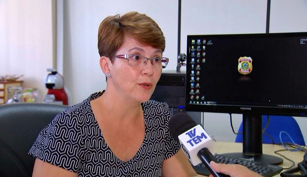 Para a delegada Karen Dunder, da Polícia Federal, parcerias com as forças policiais ajudam no combate ao contrabando — Foto: TV TEM/Reprodução