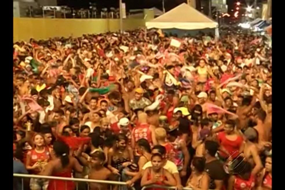 Carnaval em Parauapebas reuniu milhares de foliões. — Foto: Reprodução/TV Liberal