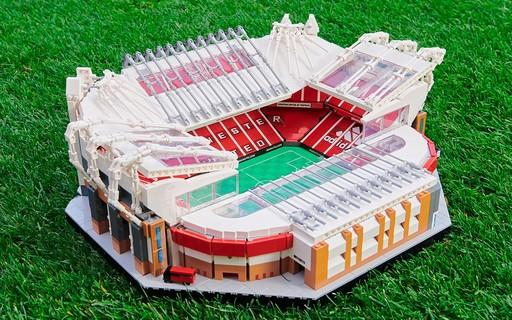O centenário estádio do Manchester United ganha homenagem da Lego