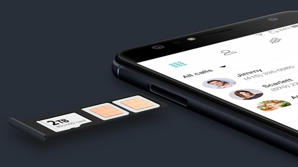 Use cartão de memória pelo menos Classe 10 no celular � Foto: Divulgação/Asus
