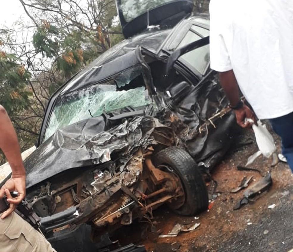 Motorista morre e policiais ficam feridos após carro colisão entre carro e viatura na BA â?? Foto: Divulgação/Polícia Civil