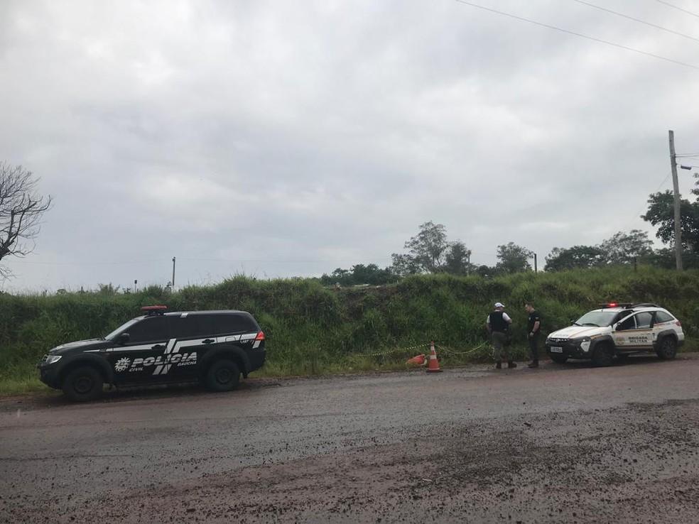 Corpo foi encontrado na Estrada Ivo Afonso Dias, em São Leopoldo — Foto: Divulgação/Polícia Civil
