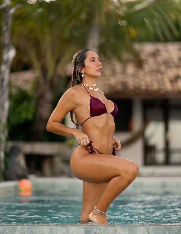 Carol Portaluppi em Caraíva (BA) (Foto: Reprodução/Instagram/Matheus Bredoff)