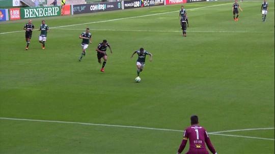 Mal na defesa e no ataque: bola parada é problema do Galo nos dois lados do campo