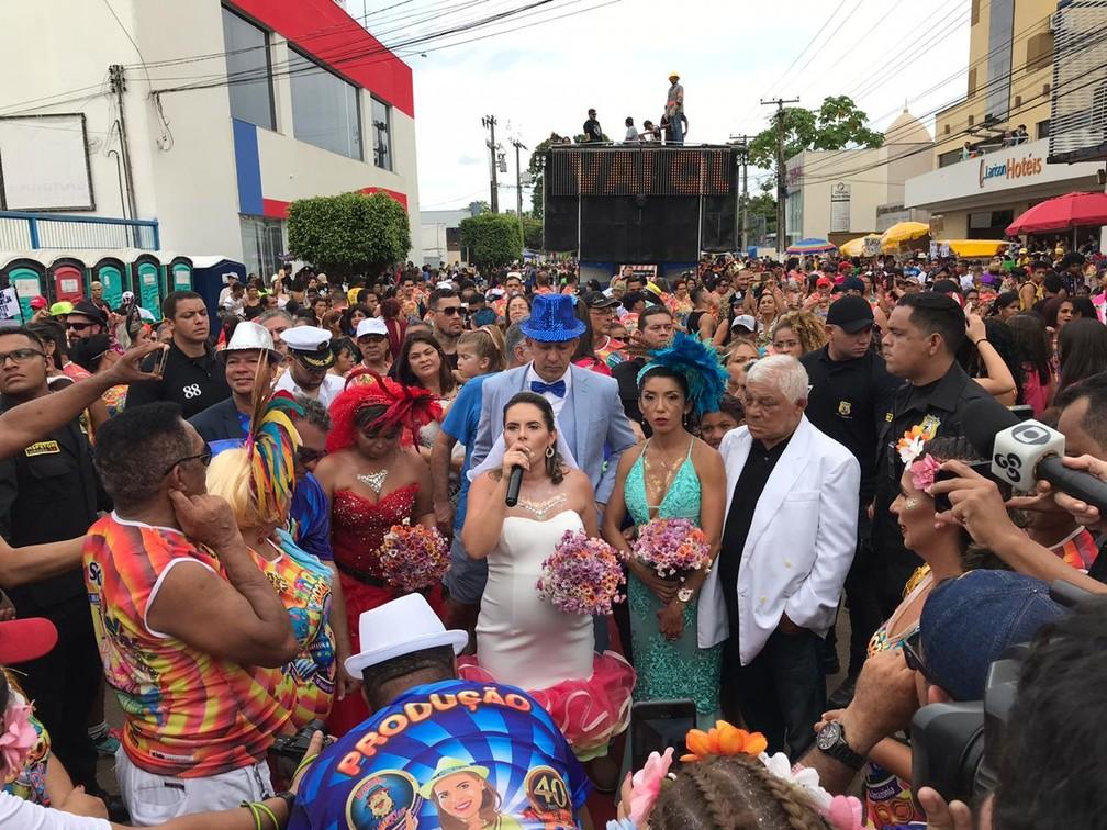 Às 16h15 foi dada autorização para percurso dos 40 anos da Banda do Vai Quem Quer — Foto: Ana Kézia Gomes/G1