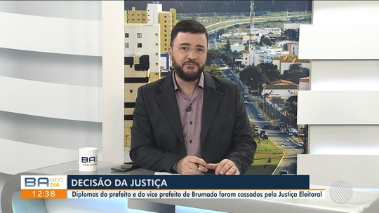 Juiz cassa mandatos de prefeito e vice de Brumado por causa gastos ilegais nas eleições de 2016
