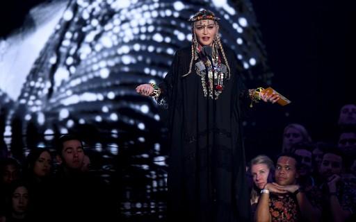 Fãs ficam irritados com homenagem de Madonna à Aretha Franklin