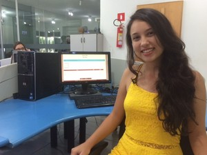 Júlia Neves Silva Dutra estudante Uberaba nota máxima Enem 2014 (Foto: Mariana Dias/ G1)