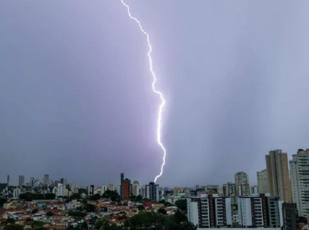 Incidência de raios no Ceará — Foto: Reprodução/TV Verdes Mares