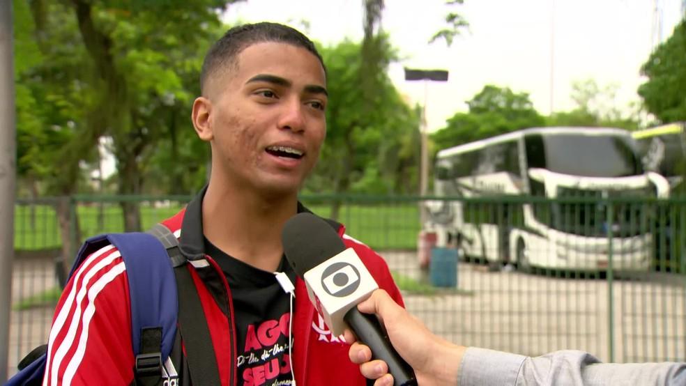 Warley diz que dormirá até nas ruas de Lima, se necessário — Foto: Reprodução/TV Globo