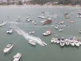 SP: festa no Guarujá reúne por volta de 350 em barcos de luxo (Reprodução/ Jimmi Drone Guarujá)