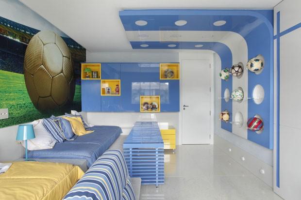 Décor do dia: cores do Brasil invadem quarto de irmãos (Foto: Denilson Machado/MCA Estúdio)