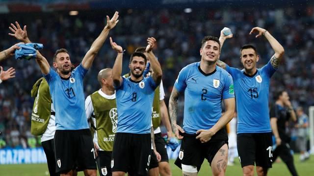 1434ff2daaaee Depois de ficar na primeira colocação do grupo A e despachar o atual  campeão europeu Portugal