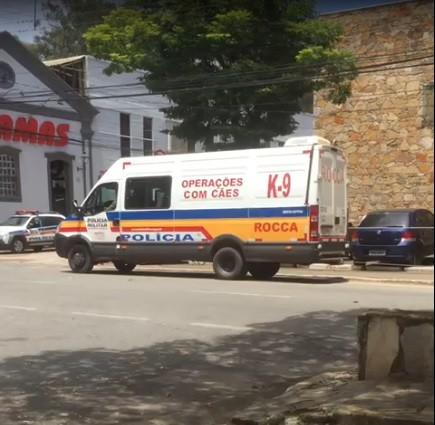 Gaeco e PM prendem 35 pessoas em operações contra tráfico de drogas em São João del Rei