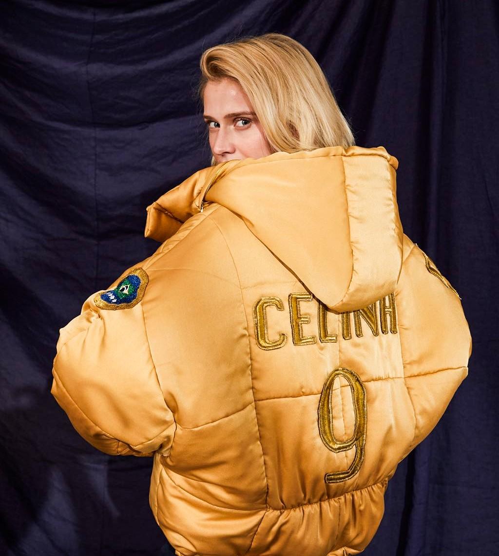 Celina Locks lança coleção inspirada em futebol (Foto: Reprodução)