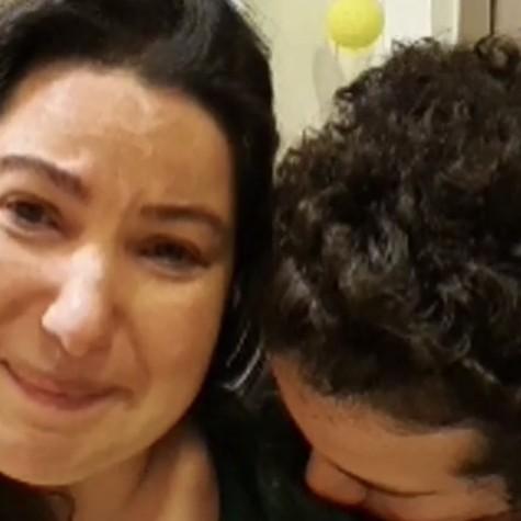 Mariana Xavier se emociona em live com o namorado, Diego Braga (Foto: Reprodução)