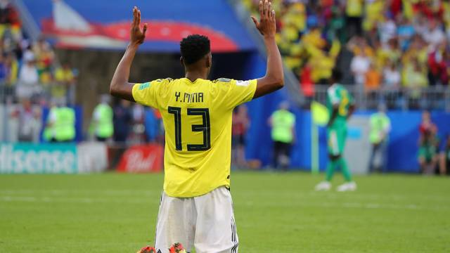 Mina comemora gol sobre Senegal