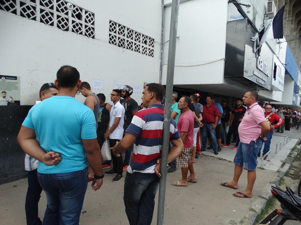 Torcida deve lotar o estádio Lacerdão (Foto: Lafaete Vaz / GloboEsporte.com)