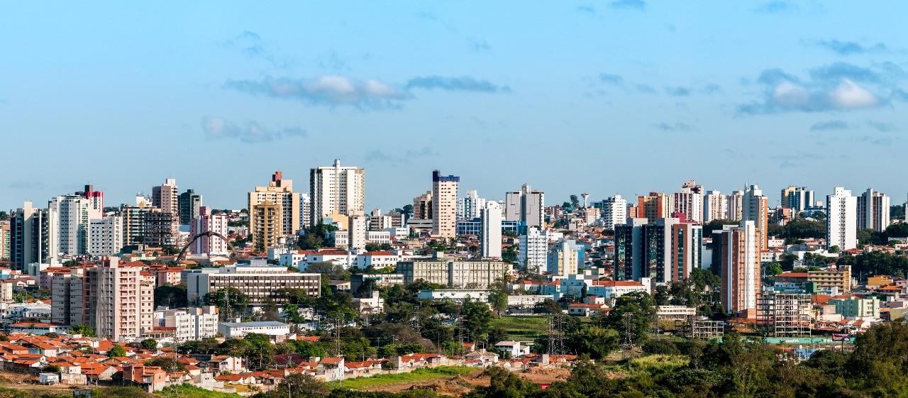 Imóveis baratos correspondem a 60% de negociações na Baixada Santista, diz estudo