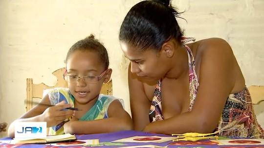 Para economizar recursos, governo vai fechar 18 escolas estaduais em Goiás, diz secretária